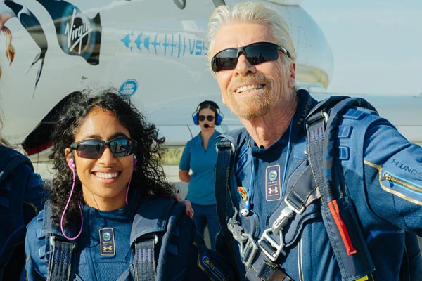 Richard Branson returned from the space in his own ship
